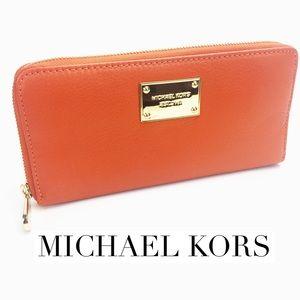 Michael Kors Large Travel Wallet